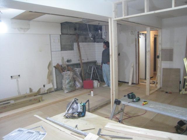 間取を変える為、家具の位置など寸法がとても大切になります。