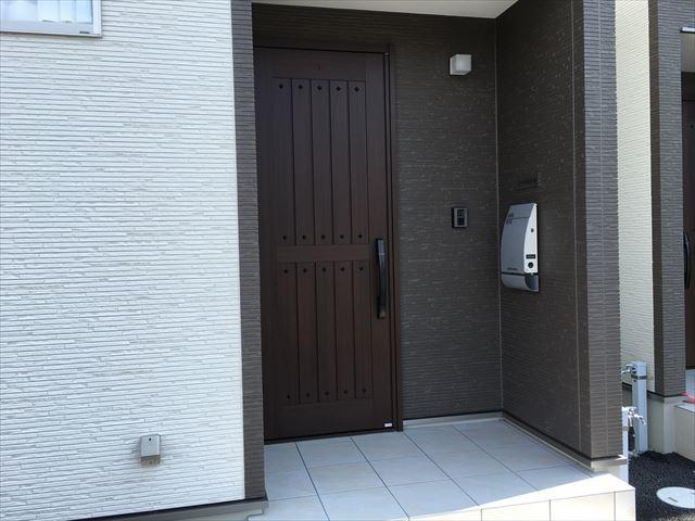 戸建賃貸玄関