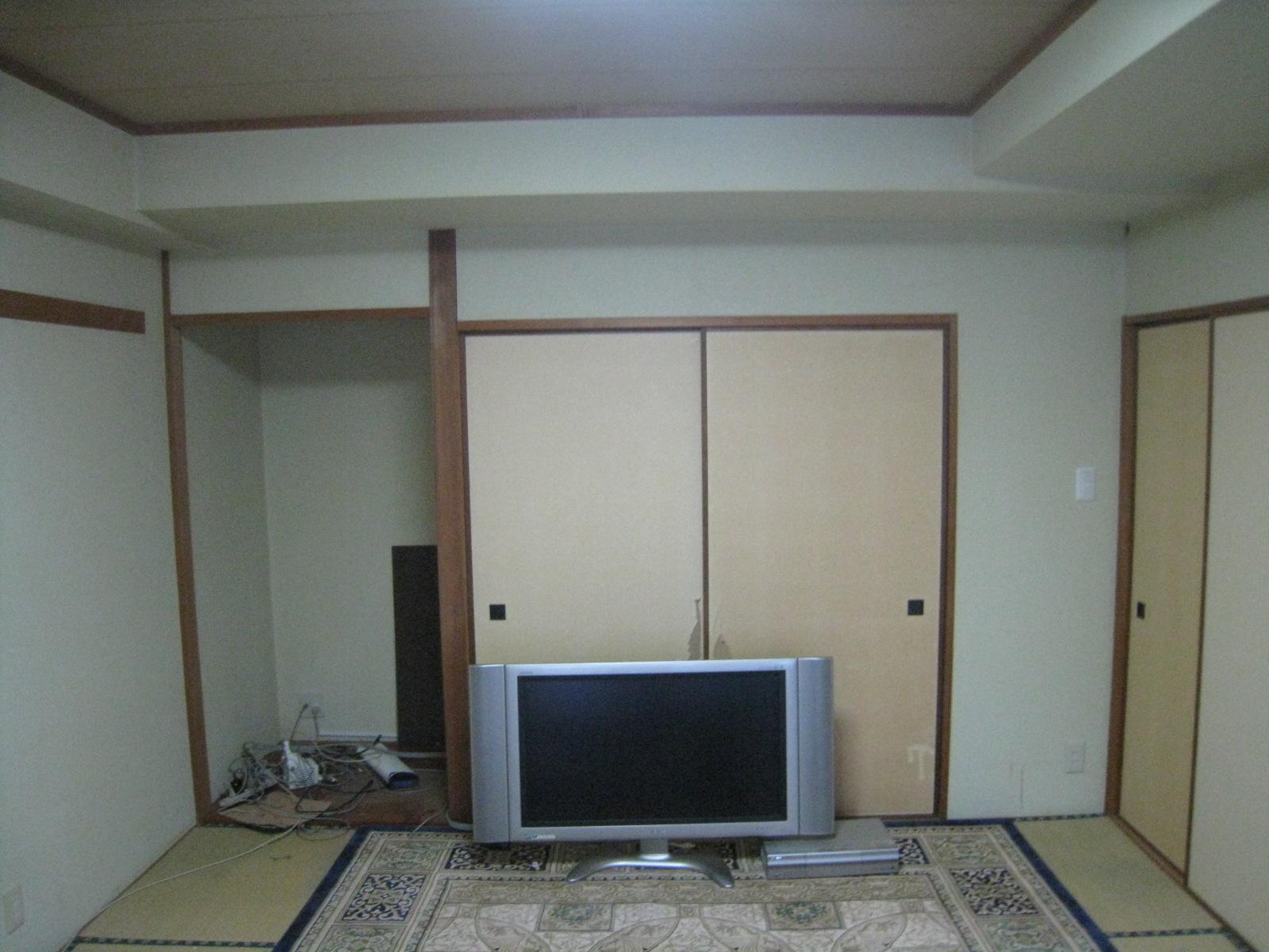 改装前の居間の押入れです。