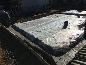 長泉町下長窪マイホーム注文住宅工事で、今回は、均し(ならし)=(捨て)コンクリート打ち  です