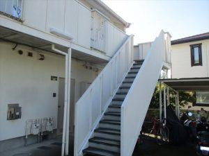アパート階段塗装前