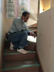 長泉町 下長窪マイホーム新築注文住宅 階段施工中