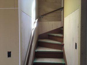 長泉町 下長窪マイホーム新築注文住宅  階段手摺取付です
