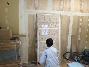 長泉町 下長窪マイホーム新築注文住宅  キッチンパネル施工です