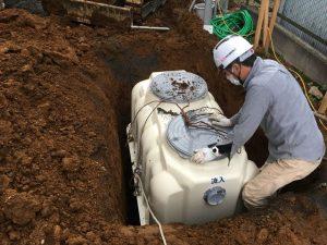 長泉町 下長窪マイホーム新築注文住宅 合併浄化槽の位置を微調整しています