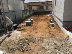 長泉町 下長窪マイホーム新築注文住宅 駐車場コンクリート打ち排水桝高さ調整です