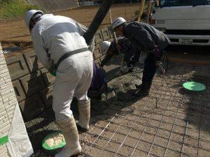 長泉町 下長窪マイホーム新築注文住宅 コンクリート流し込み入り口