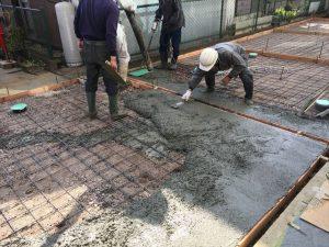 長泉町 下長窪マイホーム新築注文住宅 コンクリート流し込み左官おさえ