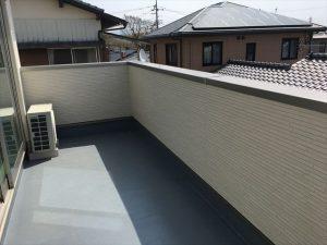 長泉町 下長窪マイホーム新築注文住宅 ベランダFRP防水とサイディング張り
