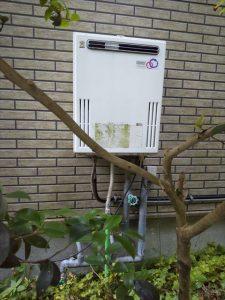 伊東市富戸にお住まいの方より給湯器交換のお問合わせがありました。