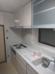 沼津市で電動乾燥食器棚を取付て、使い勝手良いキッチンに大変身!