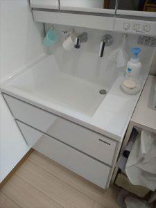 沼津市で洗面台改修工事をさせていただきました