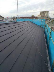 三島市で他社の屋根補修の見積金額に疑問?屋根のカバー工法で納得補修