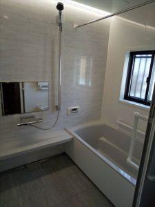 三島市でタカラスタンダードのお風呂で暖かい浴室に
