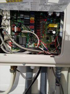 三島市東大場でリンナイ製給湯器に交換