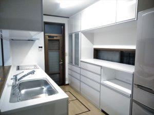 長泉町でキッチンを新しくしてリビングも一新しました