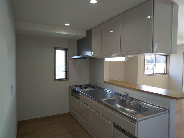 三島市で末永く安心して住めるよう中古住宅の改装