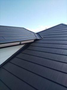 沼津市で瓦屋根からガルバリウム鋼板製の屋根に交換